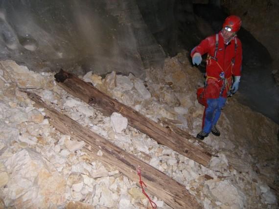 Od leta 2008 je čelo ledenička nazadovalo za okrog 2,5 m.