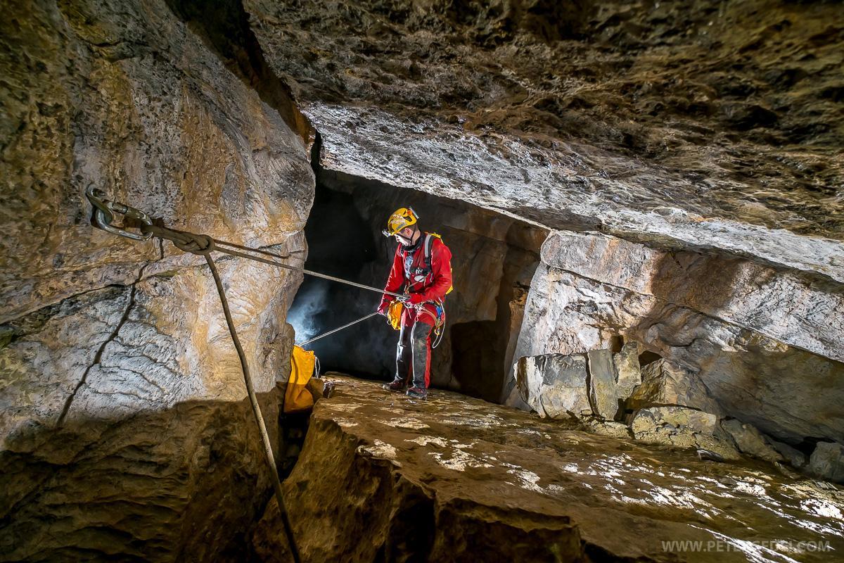 Geometrijsko natančno izdelan vstop v 160 metrsko stopnjo Trst je naš